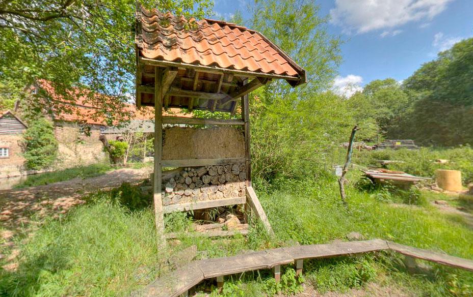 Bienenhotel - Nackte Mühle in Osnabrück
